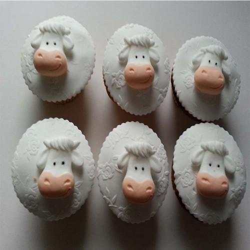 Cow Cupcake Topper